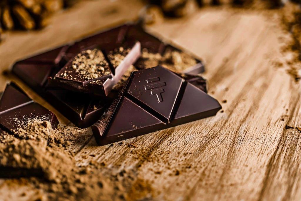Chocolate and teeth